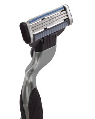 multi blade razor for shaving