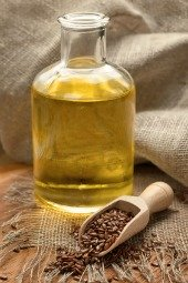 flaxseeds and flaxseed oil for health and skin care