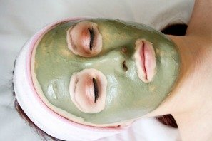 facial mud mask good for healthy and young looking skin